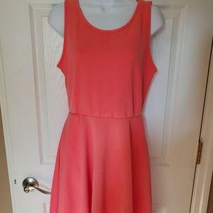NWT Agnes & Dora Coral Fisher Dress Size M